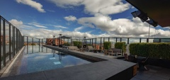 BOG Hotel - Rooftop pool & bar
