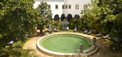 Convento do Carmo - Courtyard
