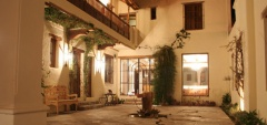El Cortijo Hotel - Courtyard