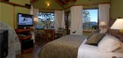 Hotel Charming - Deluxe Bedroom